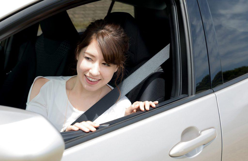 女性 ドライブ デート