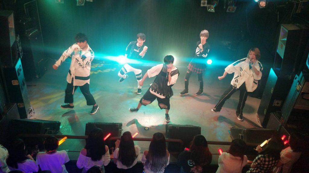 Backslash ライブ中2