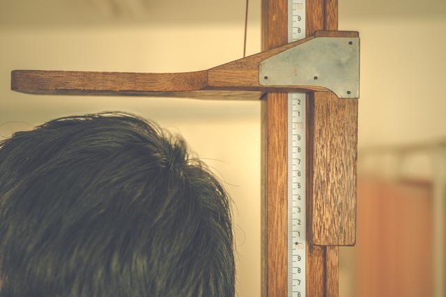 平均 体重 女子 高校生