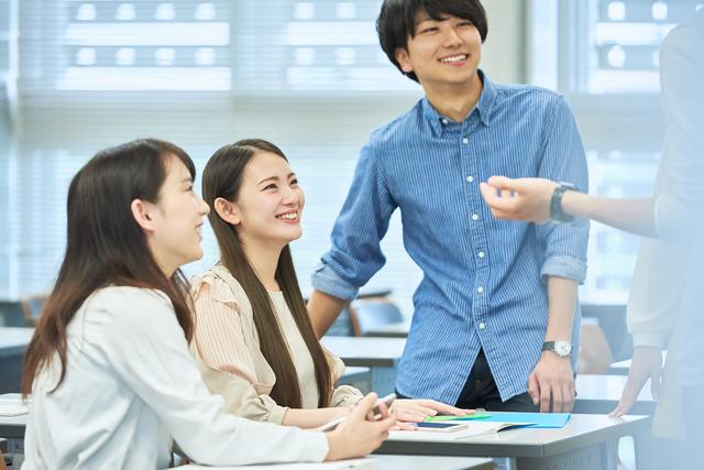 学生 友達 会話