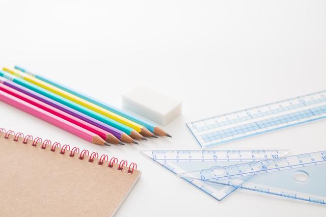 定規色鉛筆ノート