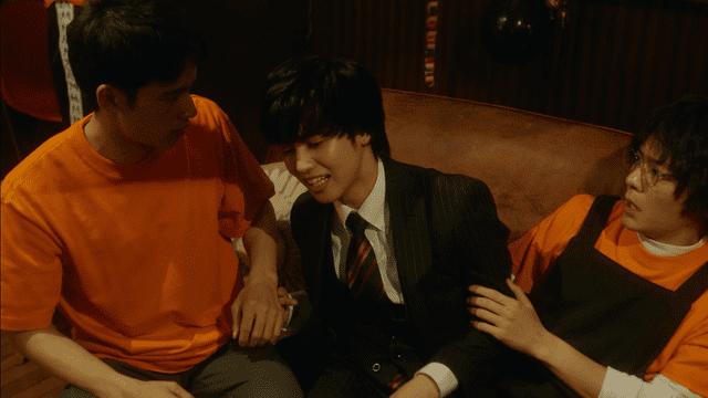 ドラマ 男性 スーツ