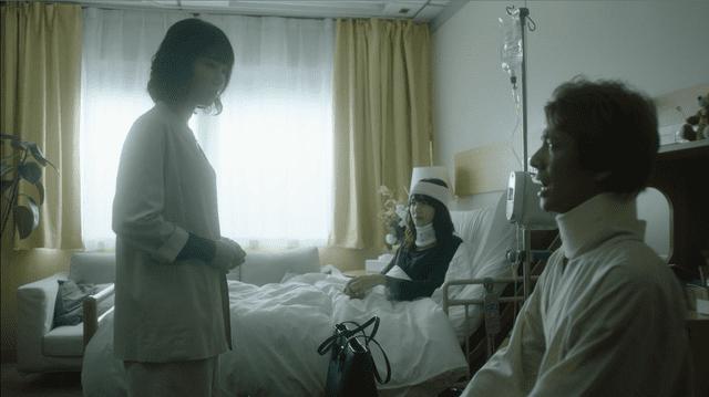 病室 二人