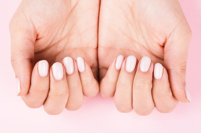 爪 オーバル 手 指