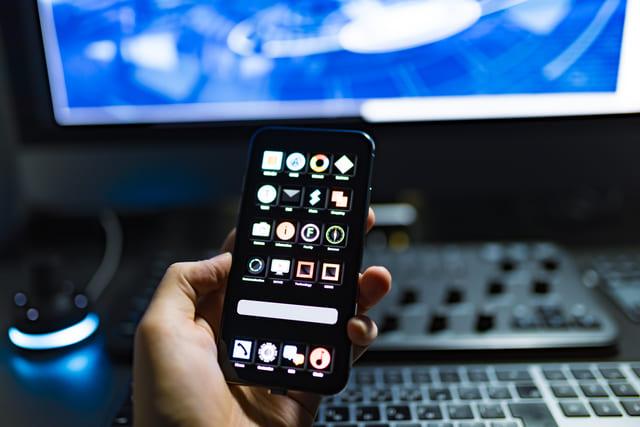 スマホ アプリ 携帯